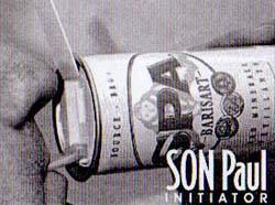 Canette de boisson avec bec verseur 4