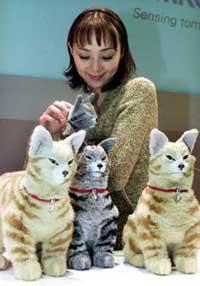 NeCoRo, le chat robot (2001) 2