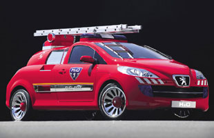 Peugeot H2O : véhicule d'intervention anti-incendie (2002) 3