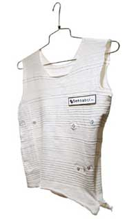 Smartshirt: vêtement intelligent (2001) 2