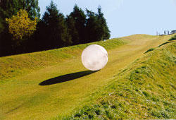 Zorb : boule gonflable (2005) 1