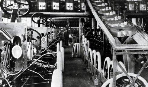 Chaîne de montage automobile (1913) 2