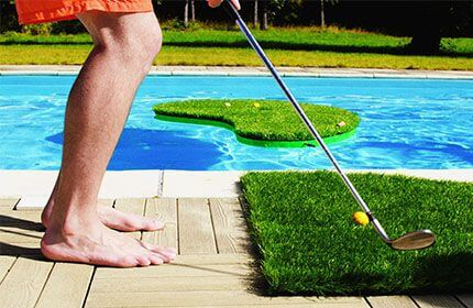 Swimming golf (2012) 1