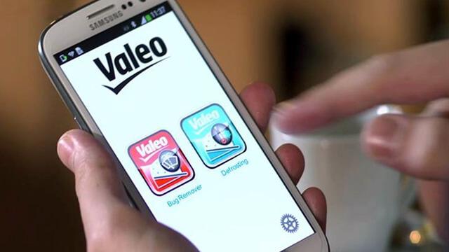 Valeo Clean4U : système de dégivrage de pare-brise à distance 1