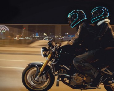 LightMode : casque de moto électroluminescent 1