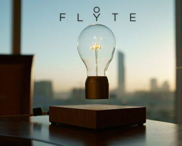 Flyte : Ampoule LED à lévitation magnétique 4