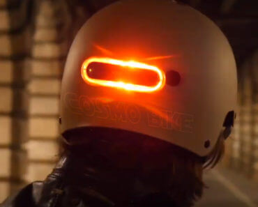 Cosmo Bike : feu de freinage connecté pour déplacements urbains 1