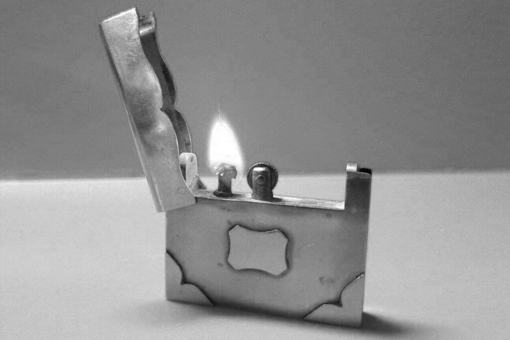 briquet a essence